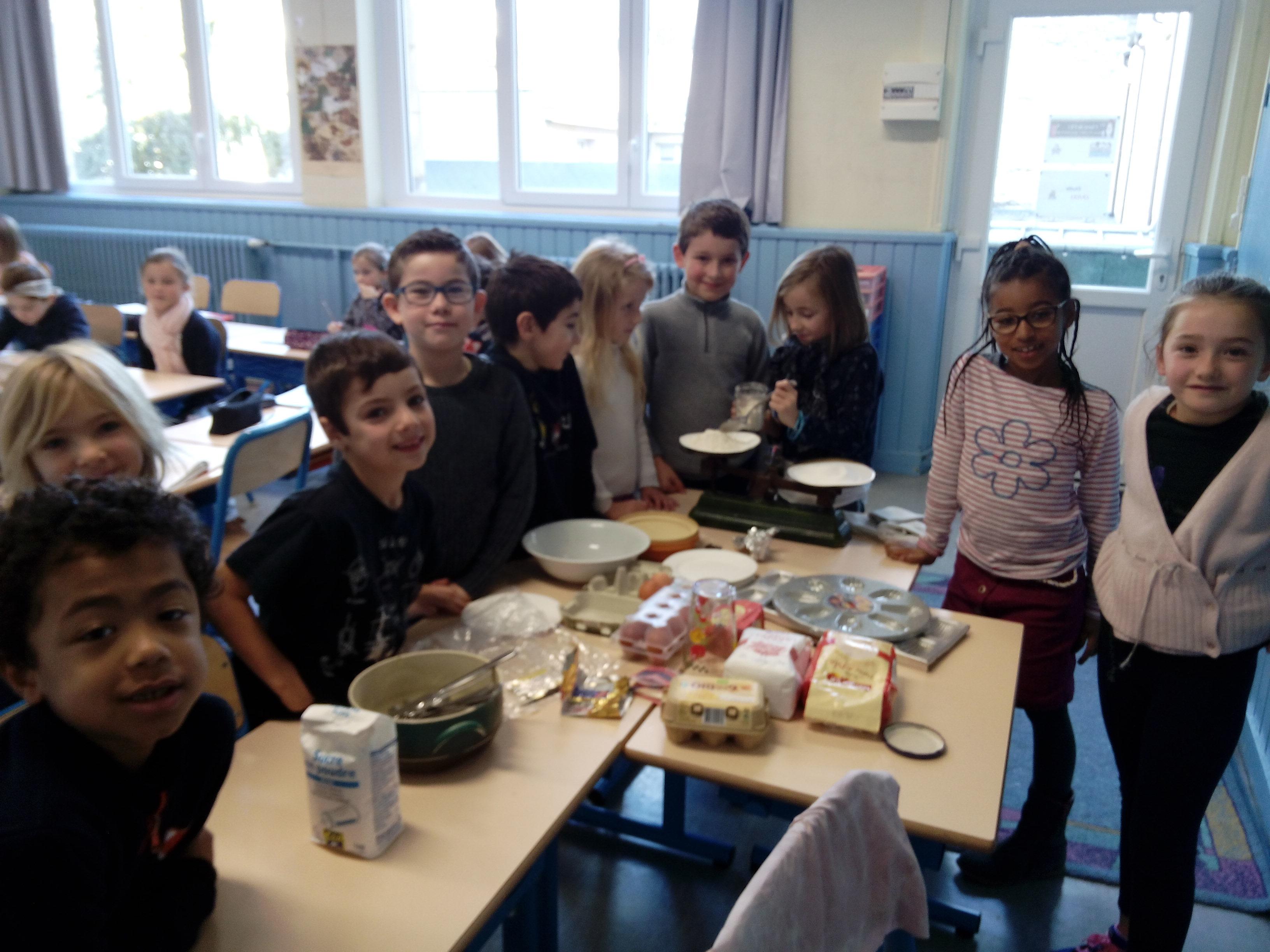 La cuisine en classe de ce1 ecole notre dame caen - Cours de cuisine caen ...